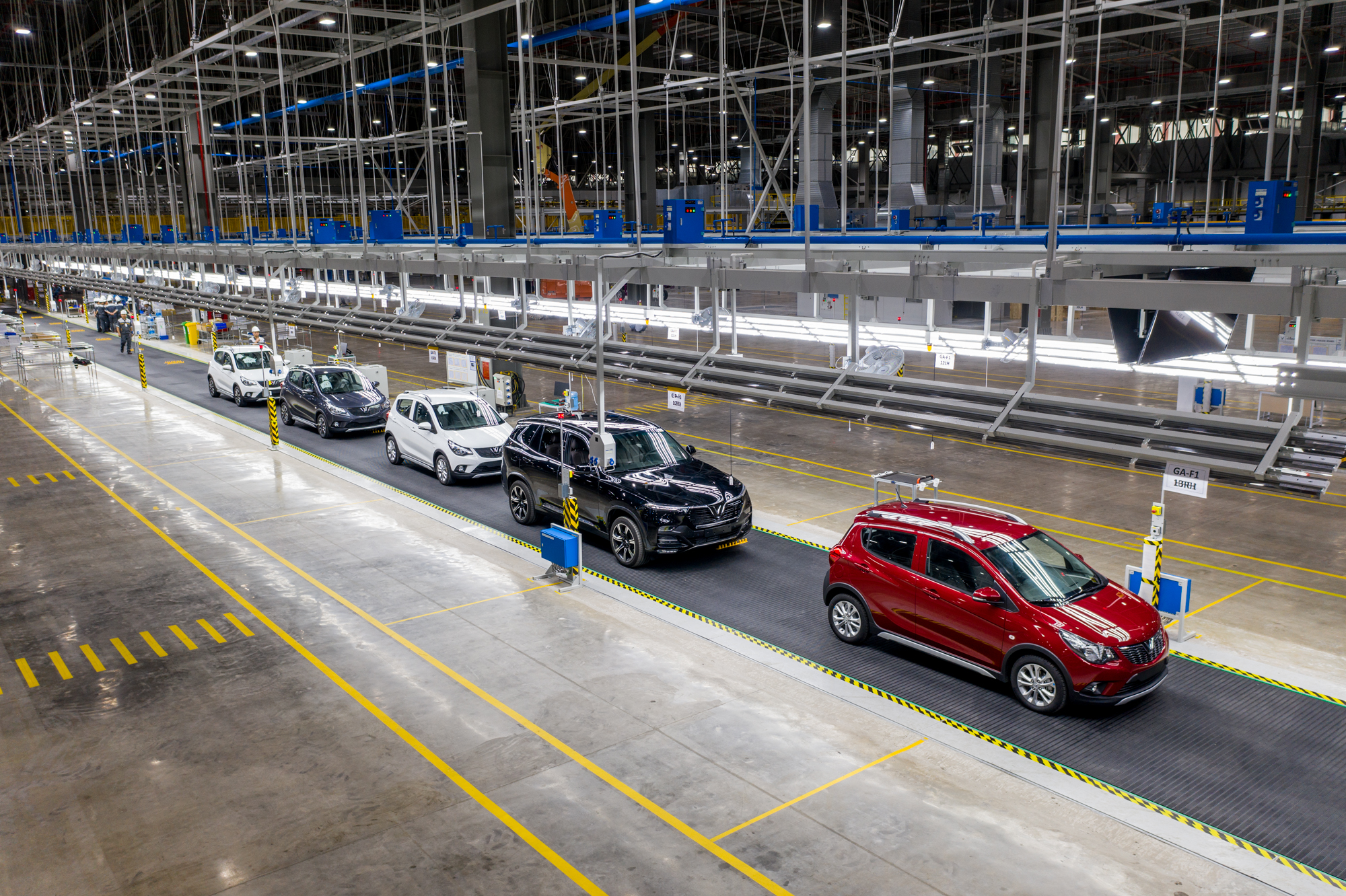 Vinfast Delivers Vietnam S First Mass Produced Cars In Less Than Two Designnews Com